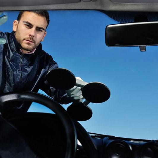 windshield repair & replace